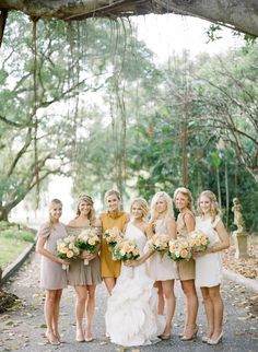 Lovee all the different bridesmaid dresses. Especially because they don't look like bridesmaids dresses, they're actually cute! Fall Wedding Bridesmaids, Wedding Attire, Wedding Dresses, Different Bridesmaid Dresses, Mustard Bridesmaid Dresses, Bridesmaid Colours, Look Man, Wedding Trends, Wedding Ideas