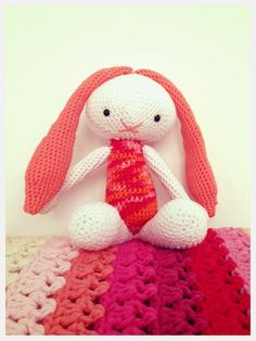 Crochet Bunny (with link to pattern)