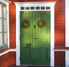 Old swedish house Main Entrance Door Design, Wooden Main Door Design, House Entrance, Swedish Cottage, Red Cottage, Swedish House, Red Houses, Front Door Colors, Cabins And Cottages