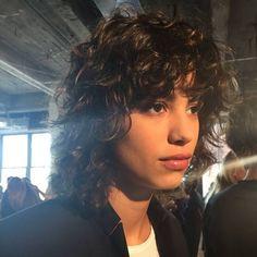 Curly Hair Cuts, Cut My Hair, Short Curly Hair, Curly Hair Styles, Mullet Haircut, Mullet Hairstyle, Hair Inspo, Hair Inspiration, Curly Mullet