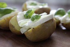 Gefuellte Grillkartoffeln