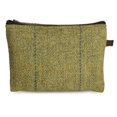 Handmade Tweed Zip Pocket – Limited Edition. Spring Woodland.The ideal item to pair with any of the collection, acts as an additional pocket within a bag.