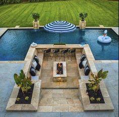 Backyard Pool Landscaping, Backyard Patio Designs, Swimming Pools Backyard, Swimming Pool Designs, Luxury Swimming Pools, Natural Swimming Pools, Small Backyard Pools, Modern Backyard, Kleiner Pool Design