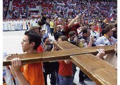 Ser libre para confiar sólo en el poder de la Cruz de Cristo, es la defensa contra el mal, dice Francisco - Radio Vaticano