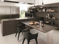Euromobil FILOANTIS Wooden fitted kitchen, design by Roberto Gobbo