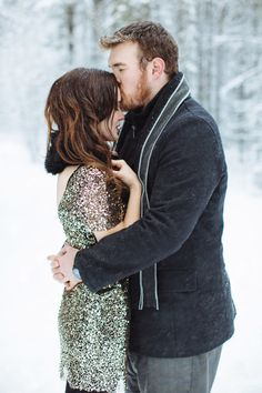 A sparkly winter engagement session: http://www.stylemepretty.com/canada-weddings/alberta/2014/05/07/elegant-winter-engagement-session/ | Photography: Jacqueline Elizabeth - http://www.jacquelineelizabeth.com/
