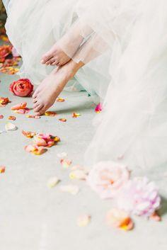 Your Word is a lamp unto my feet. Couple Photography Poses, Fine Art Wedding Photography, Wedding Photography Inspiration, Wedding Inspiration, Bridal Poses, Wedding Boudoir, Creative Portraits, Flower Petals, Belle Photo