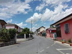 Il cielo sopra la città #cielo #città #sky #skyporn #skylovers #clouds #cloudporn #cloudlovers #urban #city #italy #italia #himmel #wolken #stadt #italien #igers #igersnature #igersitalia #igersitaly #igersbergamo #houses #case