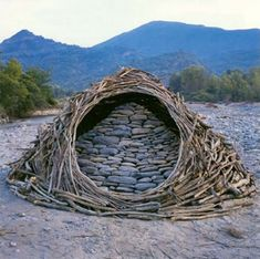 Andy Goldsworthy sculpture. sticks & stones