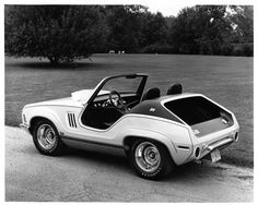"""1970 AMC Jeep XJ001 Prototype. Qualifies for the """"What the fuck were they thinking?"""" category"""