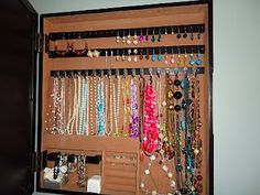 Love this photo jewelry box organizer-also great home organization tips room by room