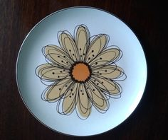 Vintage Midwinter Stonehenge Flowersong dinner plate. Midwinter potteries, Stoke-on-Trent 1960 - 1979