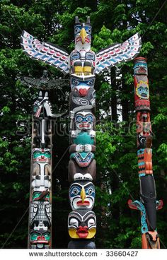 tcapocci8 [licensed for non-commercial use only] / Totem Poles