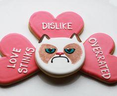Grumpy Cat Valentine's day cookies.