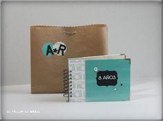 Albumcedario para celebrar 8 años juntos Notebook, Drinks, Mini Albums, Atelier, Beverages, Notebooks, Drink, The Notebook, Exercise Book