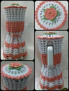 Jogo de Cozinha de Crochê: 70 fotos, passo a passo completo, flores, gráficos - Artesanato Passo a Passo! Crochet Kitchen, Crochet Home, Crochet Gifts, Diy Crochet, Crochet Baby, Crochet Chart, Crochet Motif, Crochet Designs, Crochet Doilies
