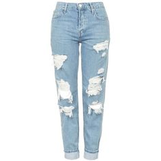 TOPSHOP 'Hayden' Super Ripped Boyfriend Jeans ($45) ❤ liked on Polyvore featuring jeans, pants, bottoms, calças, distressed boyfriend jeans, light wash boyfriend jeans, denim jeans, torn boyfriend jeans and blue ripped jeans