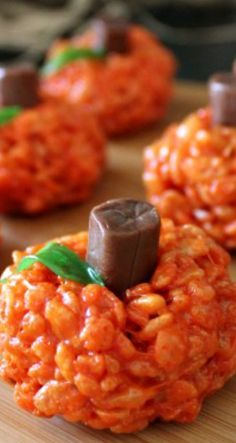 Pumpkin Rice Krispie Treats - if use a flake though