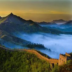 @Easyvoyage - The Great Wall of China at sunrise...  #myeasyvoyage #voyage #travel #travelgram #traveler #phototravel #holidaytravel #holidays #escape #vacation #vacances #world #destination #wanderlust #instatravel #nature #Chine #China #Asie #Asia #greatwallofchina #neverstopexploring #passionpassport #wonderful_places Hotels-live.com via https://www.instagram.com/p/BC7WZPTyYRc/ #Flickr