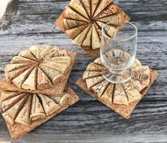 Set of four upcycled square wine cork coasters. Great for the wine lover and gifts! The measurements 3 x 3 square. Smoke free home. Note: Cork designs will vary set to set. Wine Craft, Wine Cork Crafts, Wine Bottle Crafts, Wine Cork Coasters, Wine Cork Art, Wine Corks, Wine Cork Projects, Wine Decor, Diy Crafts For Gifts