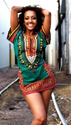More and more african people are showing their swagg perfectly on internet. Look at this picture and tell me what you feel, is this girl . African Dresses For Women, African Print Dresses, African Wear, African Women, African Prints, African Girl, African Style, African Clothes, African Attire