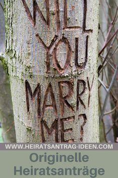 """Die meisten Frauen schätzen es, wenn sich der Partner bemüht und sich etwas Besonderes für den Heiratsantrag ausdenkt. Ist """"Mann"""" dabei auch noch kreativ, freut sich """"Frau"""" umso mehr. In diesem Blogartikel findest du daher einige originelle Heiratsanträge."""
