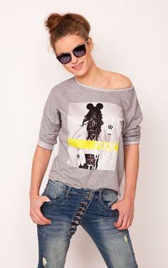 Unikatowa bluza z kolekcji