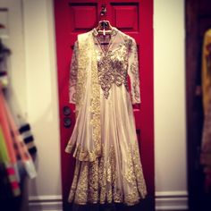 #ctcwest #anarkhali #indianfashion #ivory