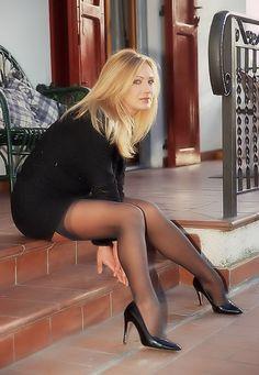 Thick hot legs nylon geile