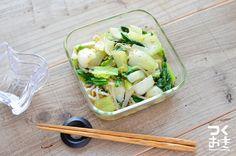 チンゲン菜ともやしの低コストな副菜。水気をよく切ることが作り置きと美味しさのポイントです。調理時間は30分としていますが、手間をかける時間は少なく、水気を切る時間がかかります。