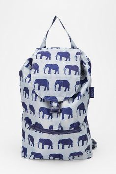 Make going back to school an adventure with a cute safari-inspired back pack.