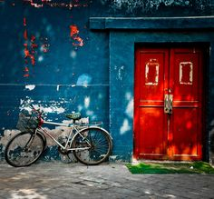 A striking and beautifully composed image of a dilapidated urban scene- I love the colors and texture in this image. Image by Ian Brewer.