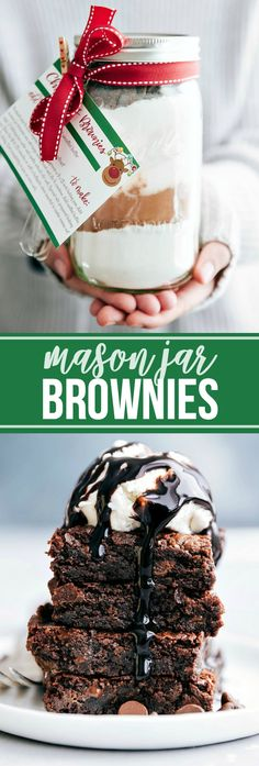 Four easy CHRISTMAS MASON JAR desserts with instructions and free printables. Perfect gifts for family, friends, teachers, etc. Mason Jar Desserts, Mason Jar Meals, Mason Jar Gifts, Meals In A Jar, Mason Jar Diy, Mason Jar Cookie Recipes, Mason Jar Cookies, Dessert Recipes, Christmas Mason Jars