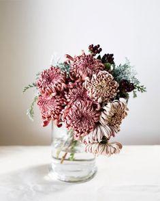 Flower Headpiece, Floral Photography, Weekend Fun, Floral Arrangements, Flower Arrangement, Flower Fashion, Flower Crown, Flower Designs, Flower Pots