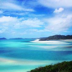 #whitsundays, the best place ever... ❤️ Les whitsundays aux dégradés de bleus et de blancs, excellent souvenir. #best #memories #whitsundays #australia #lagoon #blue #travel #airliebeach