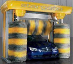 Folosirea unui utilaj automat spalatorie auto pentru firme de transport marfa   Firmele care detin un parc auto si tin la imaginea companiei cunosc cat de grea este lupta cu mizeria de pe masini, aceasta poate strica definitiv imaginea firmei, insa solutia este una foarte facila si mai ales rentabila. Instalarea unui utilaj automat spalatorie auto in interiorul unui...  http://articole-promo.ro/folosirea-unui-utilaj-automat-spalatorie-auto-pentru-firme-de-transport-ma