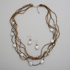 Loving this for a beach/pool party!    #jewelry #beads #necklace
