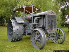 Steel Wheels - The Website for Veteran Tractors largest tractor in Tony's collection is this 1928 Twin City 27-44,