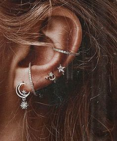 FUN FACT: I have 10 piercings! How many of you have multiple piercings and how m… FUN FACT: I have 10 piercings! How many of you have multiple piercings and how many! Piercing Chart, Ear Piercings Chart, Ear Peircings, Piercings For Men, Cute Ear Piercings, Unique Piercings, Facial Piercings, Conch Piercings, Ear Piercings