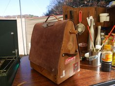 Lake Camping, Camping Gear, Chuck Box, Camping Furniture, Camping Style, Outdoor Life, Leather Craft, Glamping, Crates