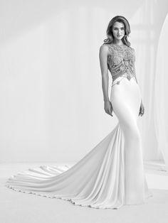 Vestido de Novia de Atelier Pronovias (RAMIR), corte sirena, escote ilusión, largo, sin mangas