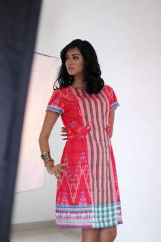 Model on Duty # Everlasting Batik Fashion, Floral Fashion, Unique Fashion, Fashion Dresses, Women's Fashion, Blouse Batik, Batik Dress, Fabulous Dresses, Pretty Dresses