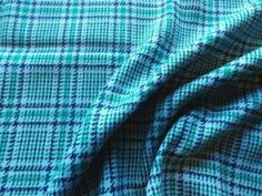 Vintage-Tweed-Wool-Mix-Fabric-Blue-Green-Tartan-Check
