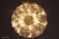 Liisan kotona: Suodatinpusseista valokranssi Christmas Crafts, Merry Christmas, Christmas Decorations, Joko, Door Wreaths, Origami, Diy And Crafts, Candle Holders, Candles