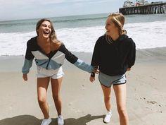 "119.2b Beğenme, 222 Yorum - Instagram'da Brandy Melville (@brandymelvilleusa): ""#brandyusa Krissy Windbreaker Jacket & Lisette Thermal Shorts """