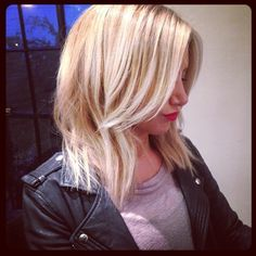 """Our favorite look on the star, the edgy """"lob"""" 