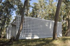 Casa de Bloques La Pedrera / G + Gualano Arquitectos