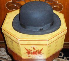 Love this hat  Vintage mens derby hat in original Knox box.