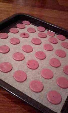 写真 Cake Roll Recipes, Sweets Recipes, Raw Food Recipes, Cookie Recipes, Desserts, Strawberry Sweets, Pink Sweets, Japanese Dishes, Japanese Sweets