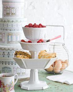 Freebie Fridays: Win a 3-Tier Serving Tray From Layla Grace (http://blog.hgtv.com/design/2012/11/02/freebie-fridays-win-a-3-tier-serving-tray-from-layla-grace/?soc=pinterest)